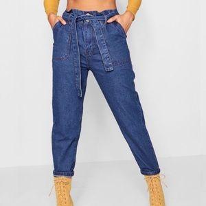 NEW 📍Boohoo pippy paperbag waist denim mom jeans